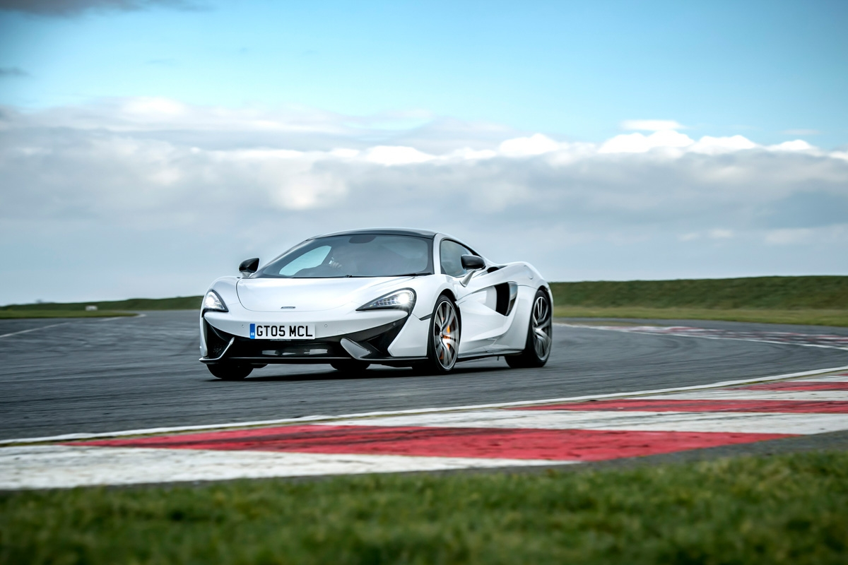 McLaren 570GT Sport Pack review-1