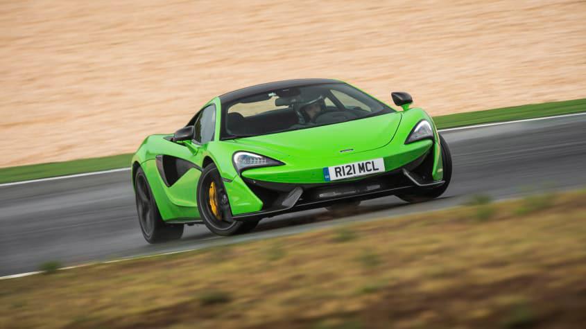 McLaren-570S-2020-1