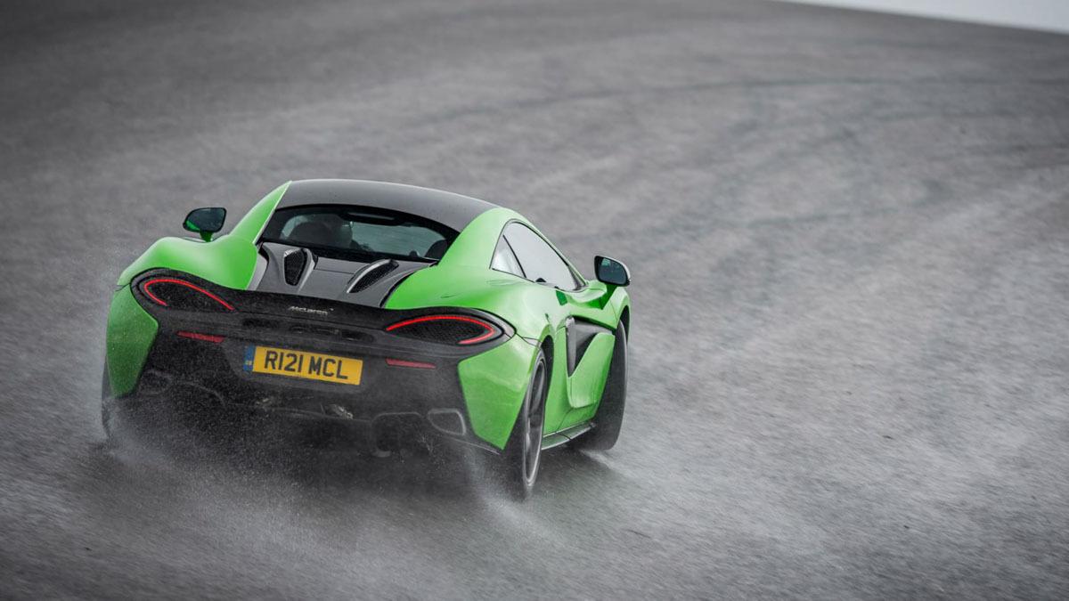 McLaren-570S-2020-2