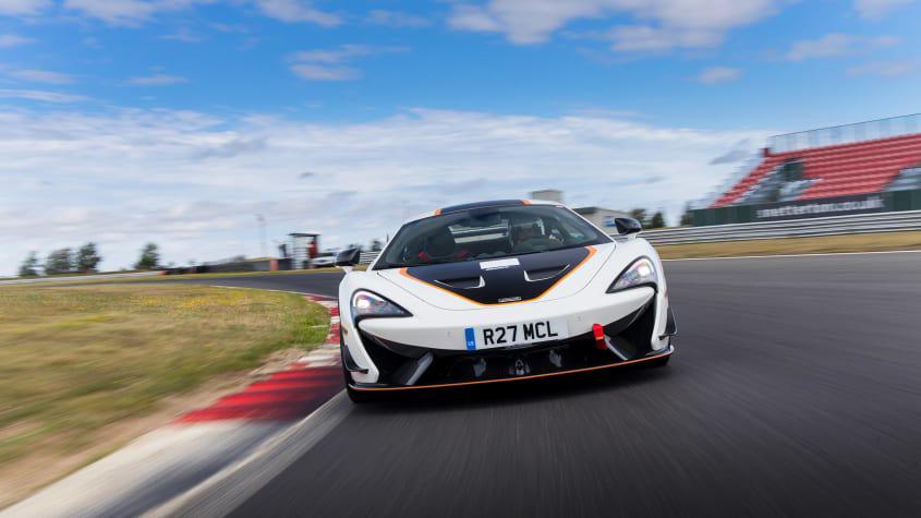 McLaren-620R-1