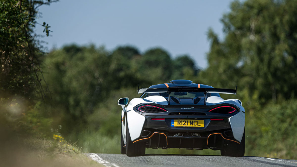 McLaren-620R-9