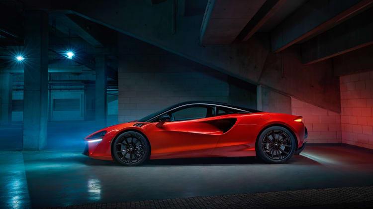 McLaren-Artura-15