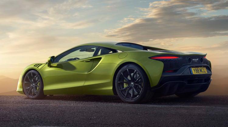 McLaren-Artura-2