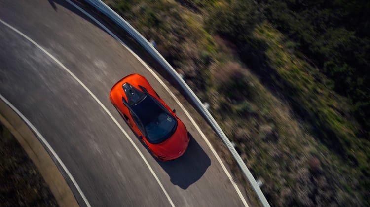 McLaren-Artura-9