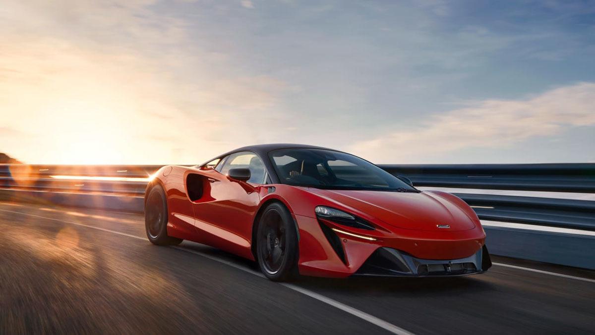 McLaren-Artura-11