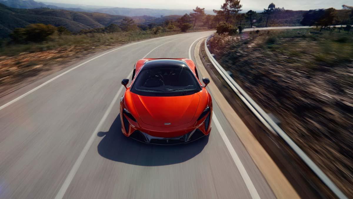 McLaren-Artura-6