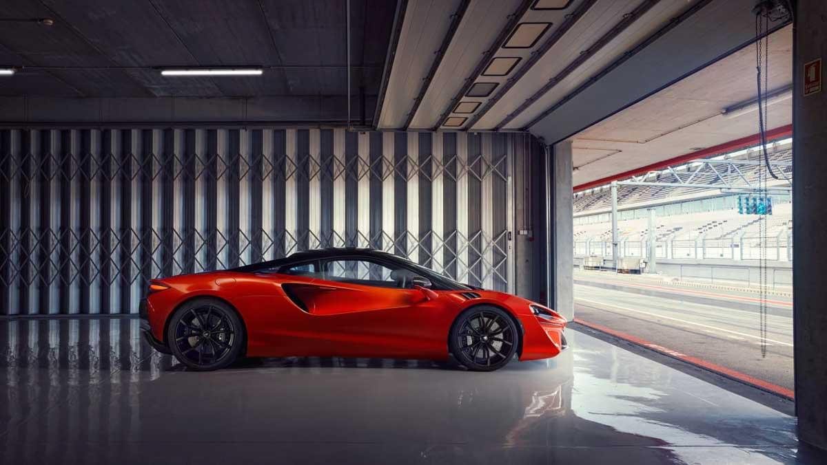 McLaren-Artura-7