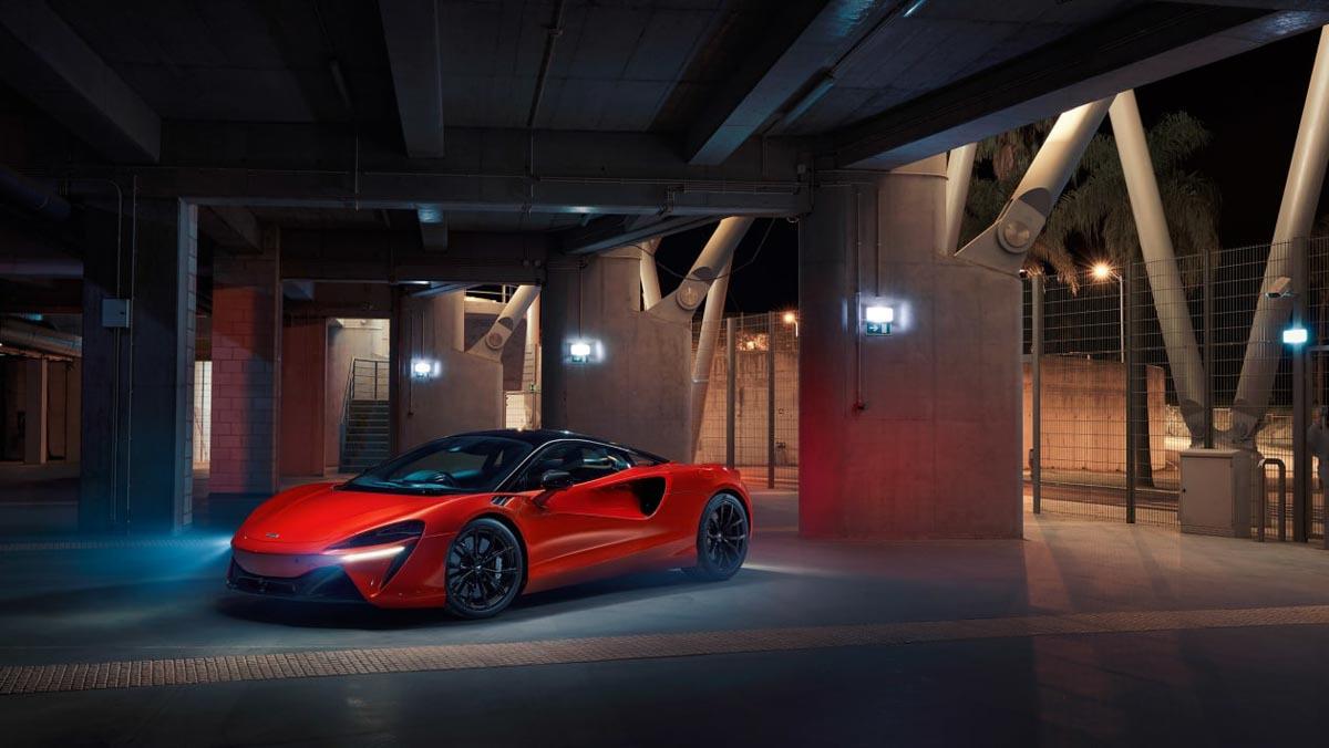 McLaren-Artura-19