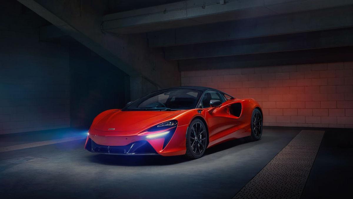 McLaren-Artura-22