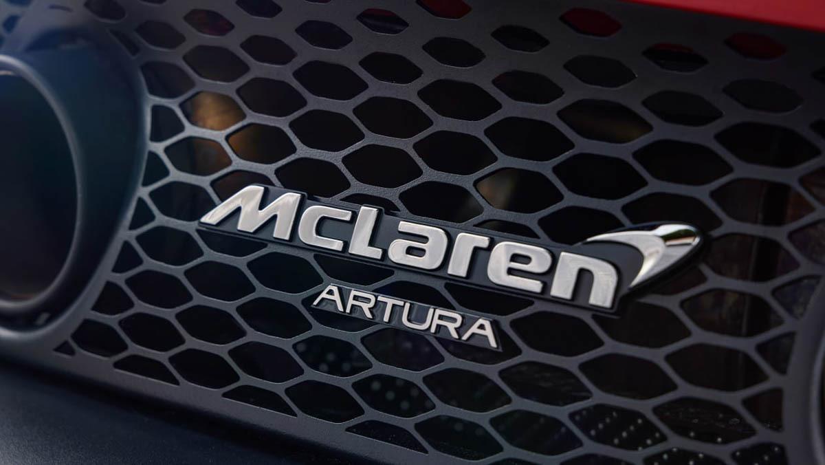 McLaren-Artura-27