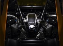 584498_engine-close_0247a