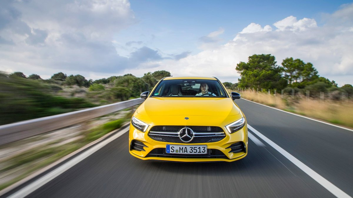 Mercedes-AMG-A35-review-15