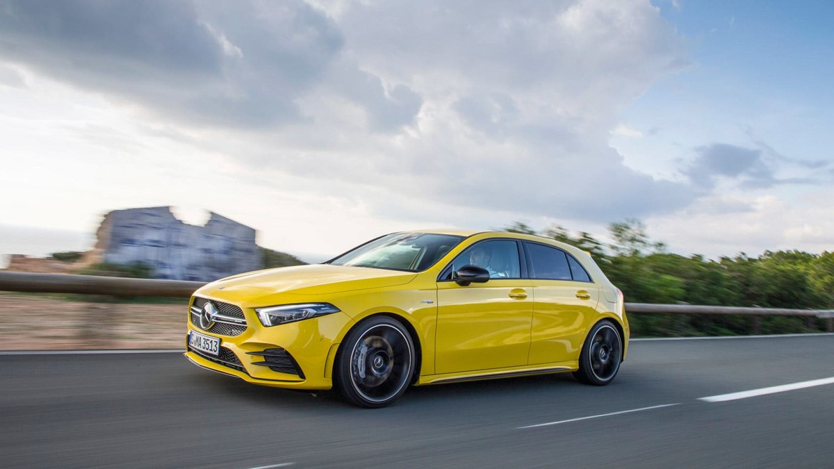 Mercedes-AMG-A35-review-16