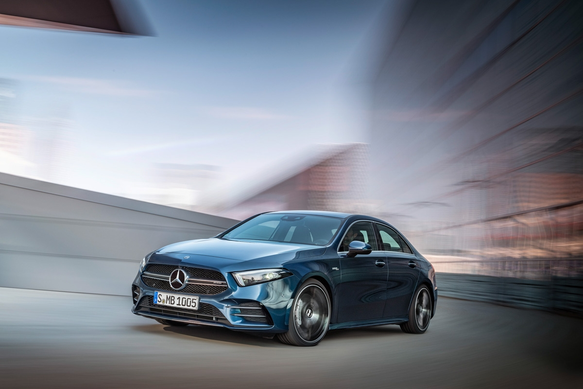 Mercedes-AMG A 35 4MATIC Limousine // Mercedes-AMG A 35 4MATIC Saloon (2019)