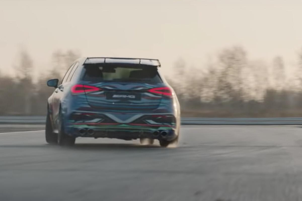 Mercedes-AMG-A45-tech-3