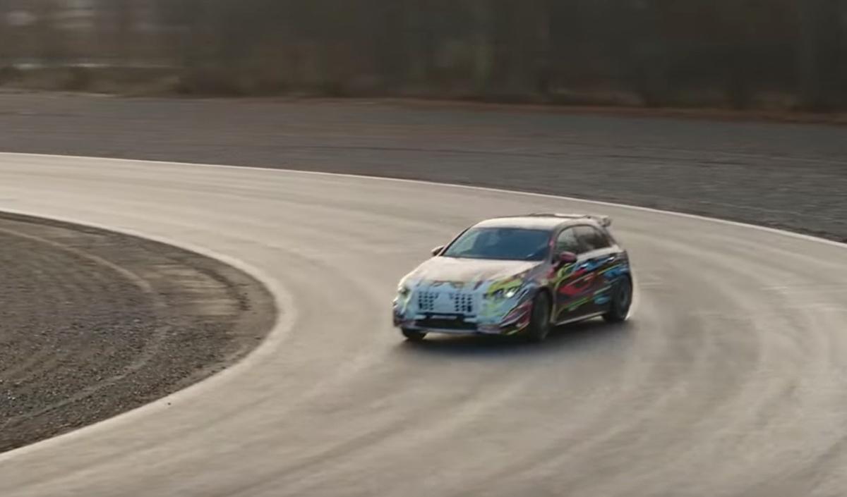 Mercedes-AMG-A45-tech-4
