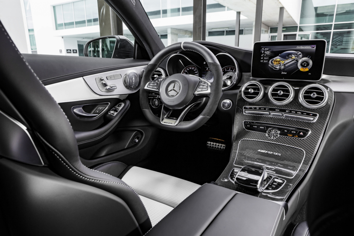 mercedes-amg-c-63-s-coupe-31