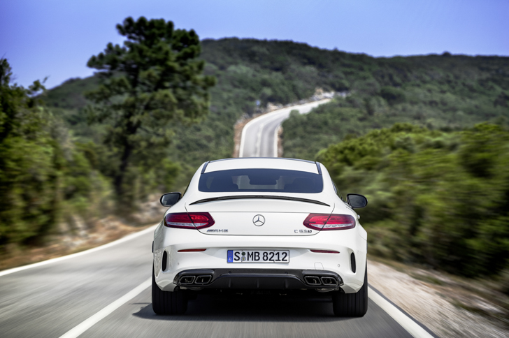 mercedes-amg-c-63-s-coupe-27