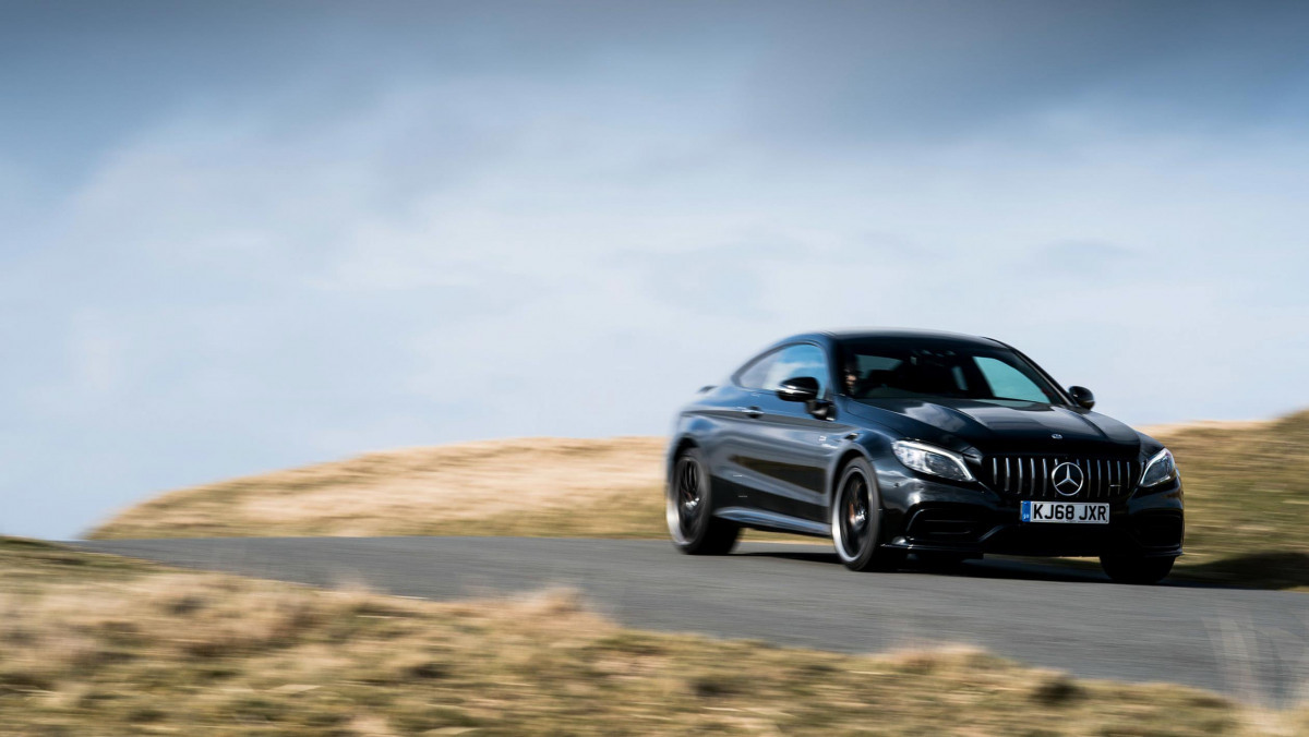 Mercedes-AMG-C63-S-Coupe-3