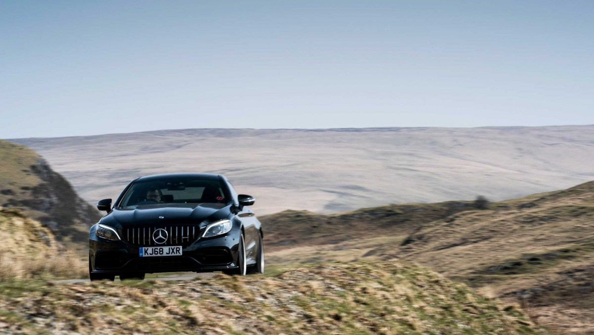 Mercedes-AMG-C63-S-Coupe-8