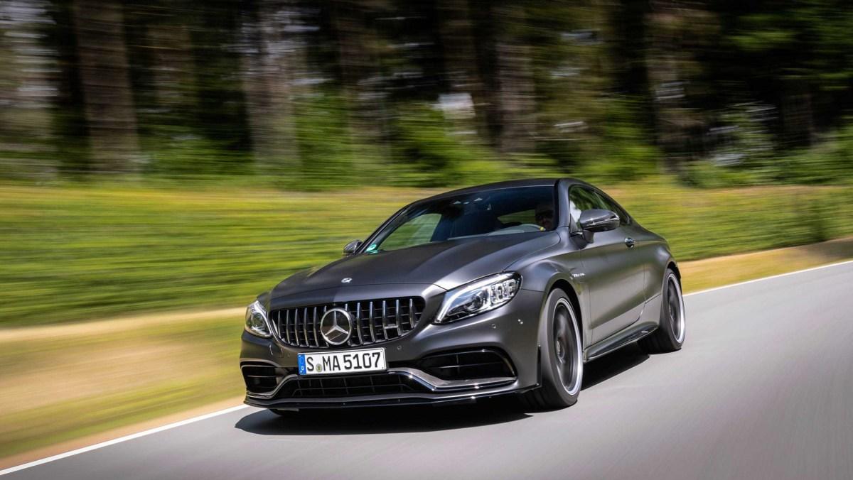 Mercedes-AMG-C63-S-15