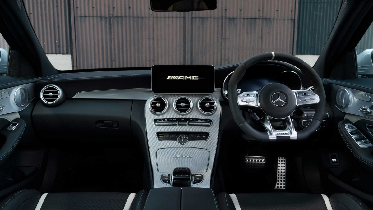 Mercedes-AMG-C63-S-3