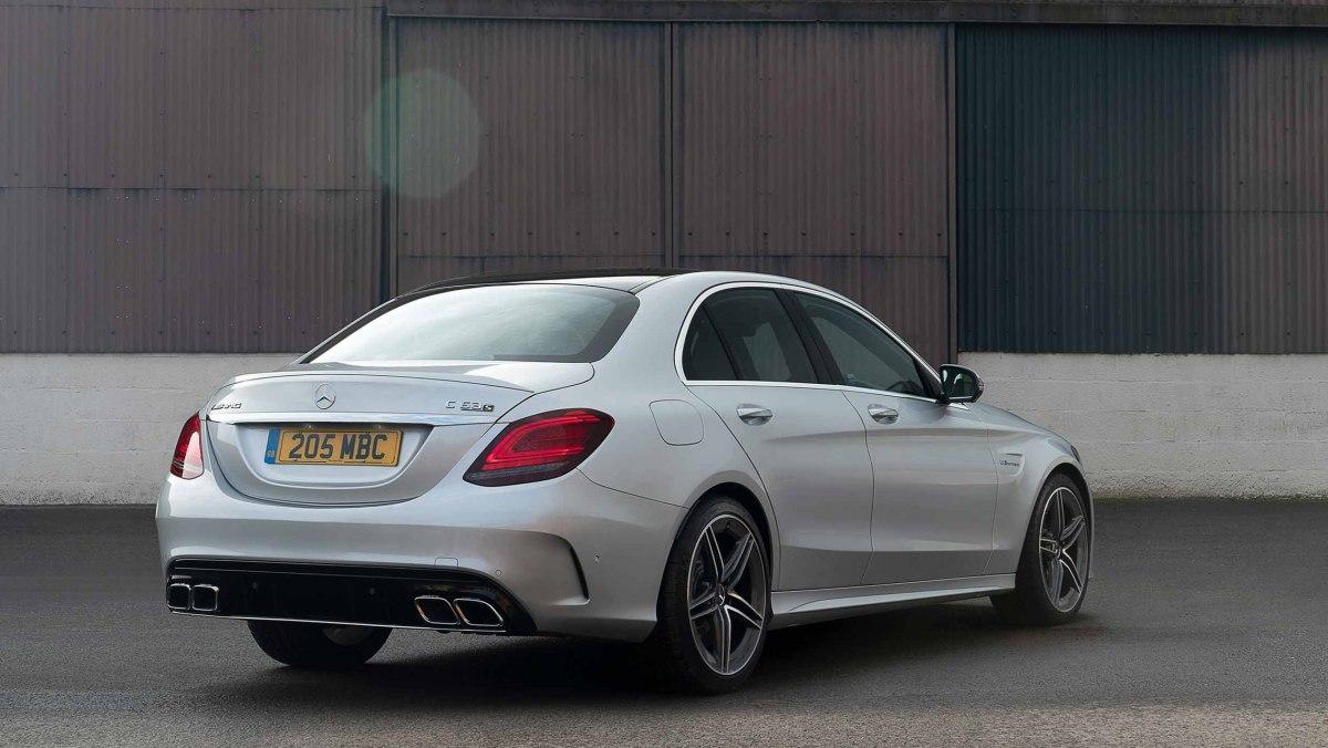 Mercedes-AMG-C63-S-6