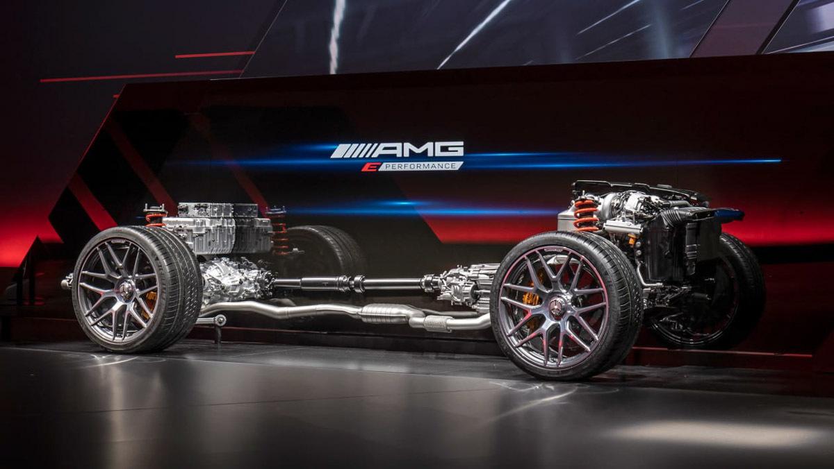 Mercedes-AMG-E-Performance-1