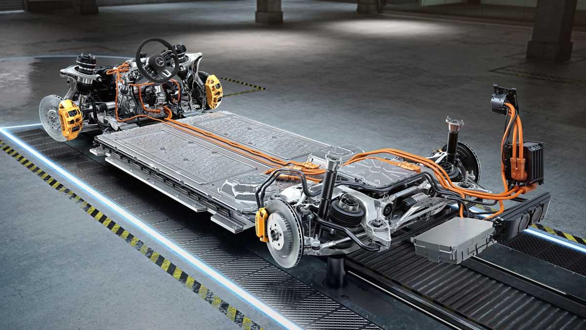 Mercedes-AMG-E-Performance-3