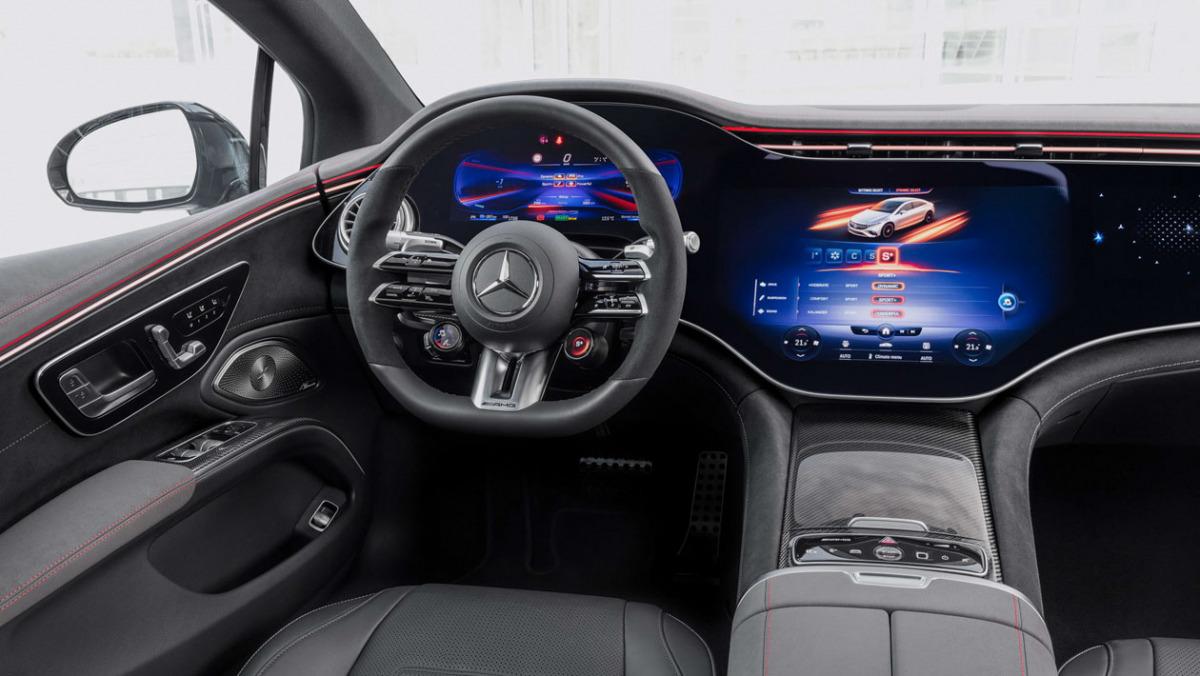 Mercedes-AMG-EQS53-3