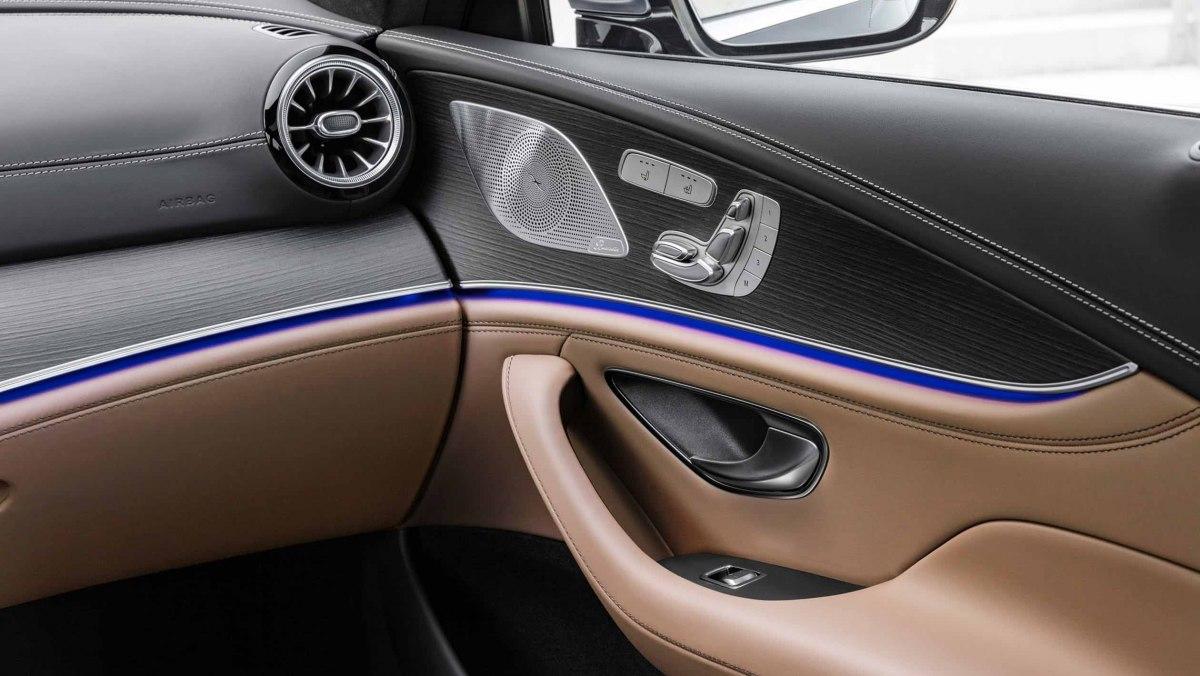 Mercedes-AMG-GT-4-Door-10