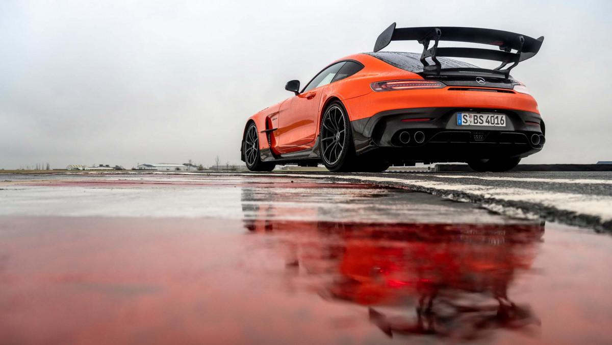 Mercedes-AMG-GT-Black-Series-2021-16