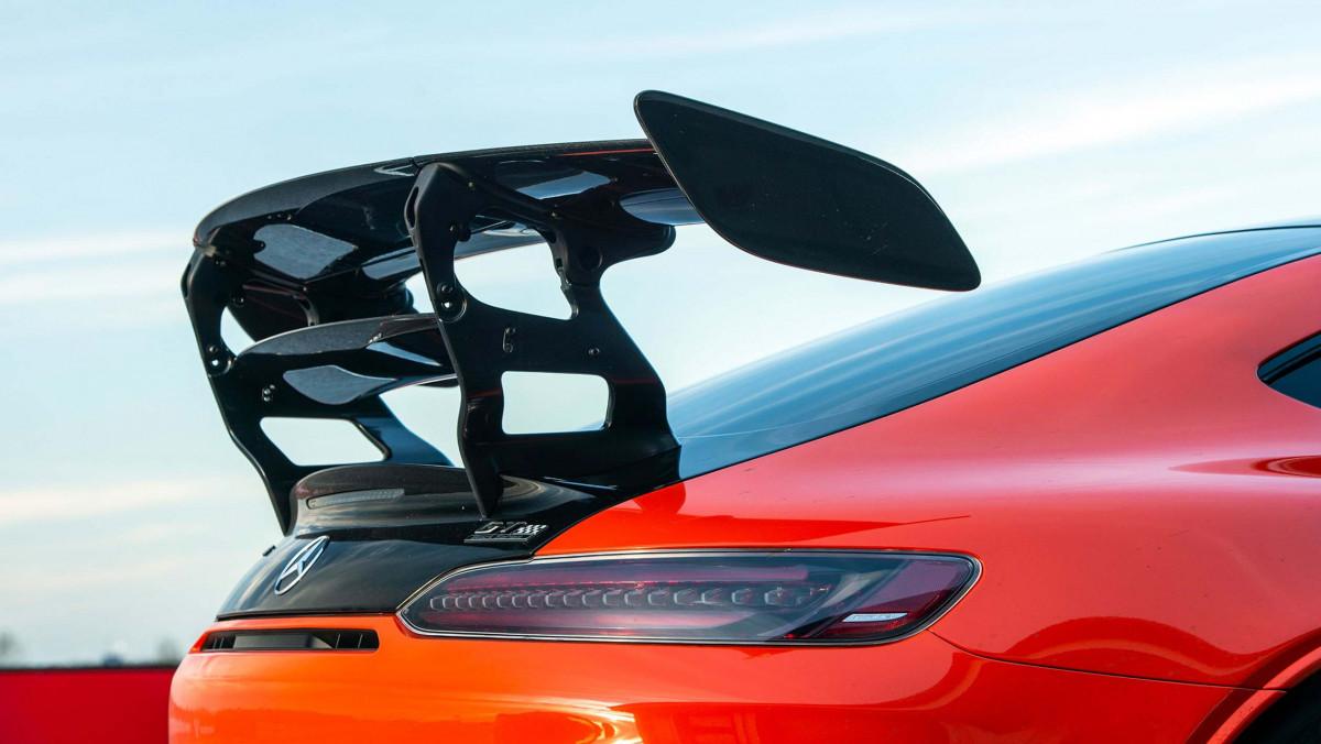 Mercedes-AMG-GT-Black-Series-2021-17