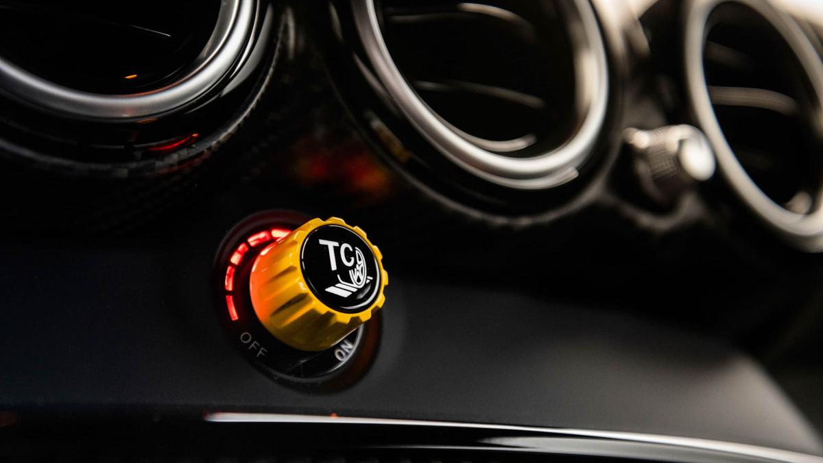 Mercedes-AMG-GT-Black-Series-2021-20