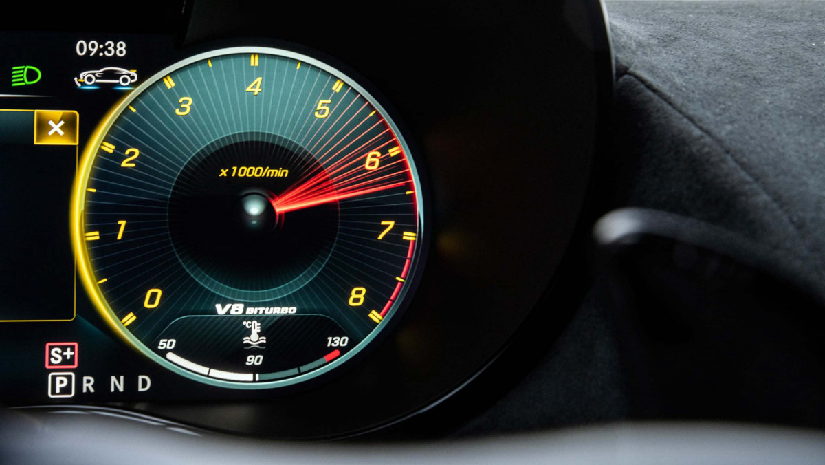 Mercedes-AMG-GT-Black-Series-2021-22