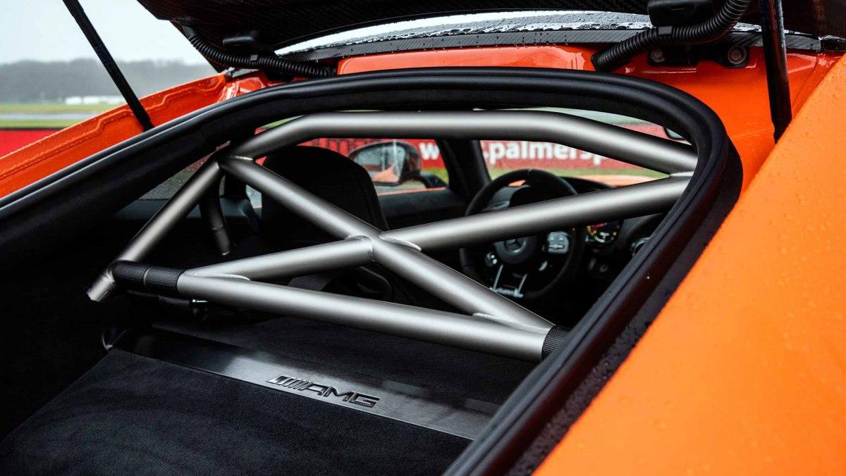Mercedes-AMG-GT-Black-Series-2021-6