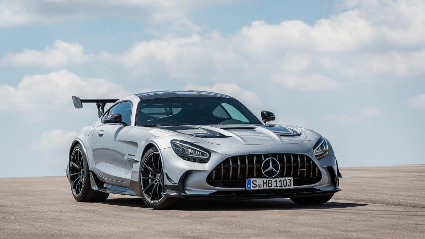 Mercedes-AMG-GT-Black-Series-1