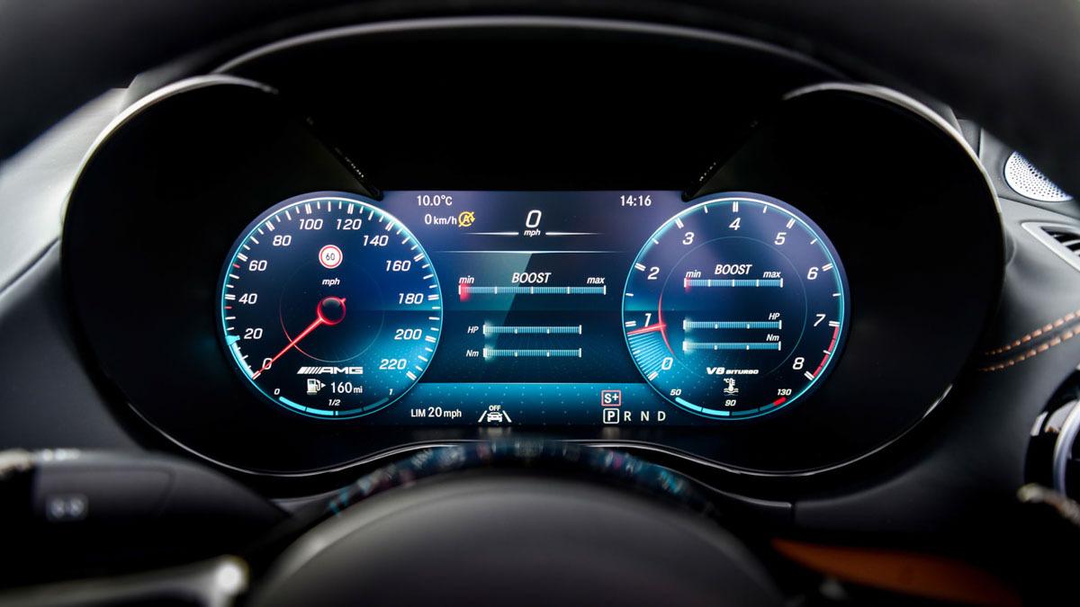 Mercedes-AMG-GT-R-Roadster-7