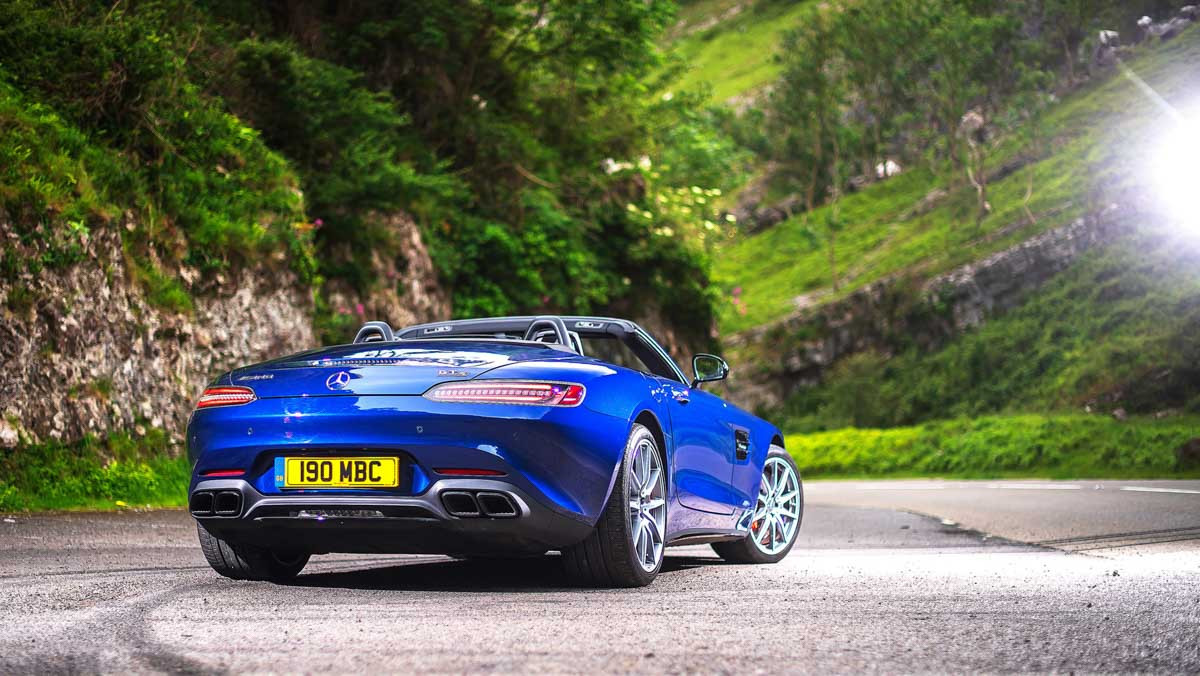 Mercedes-AMG-GT-review-10