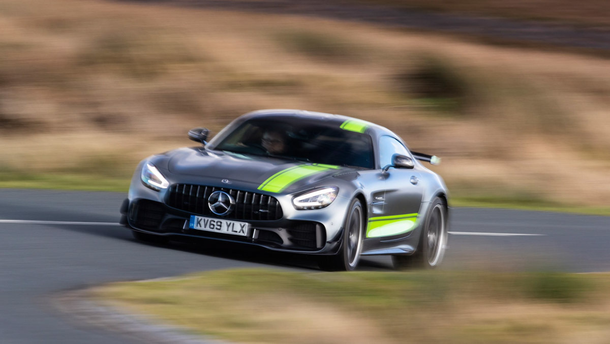 Mercedes-AMG-GT-review-8