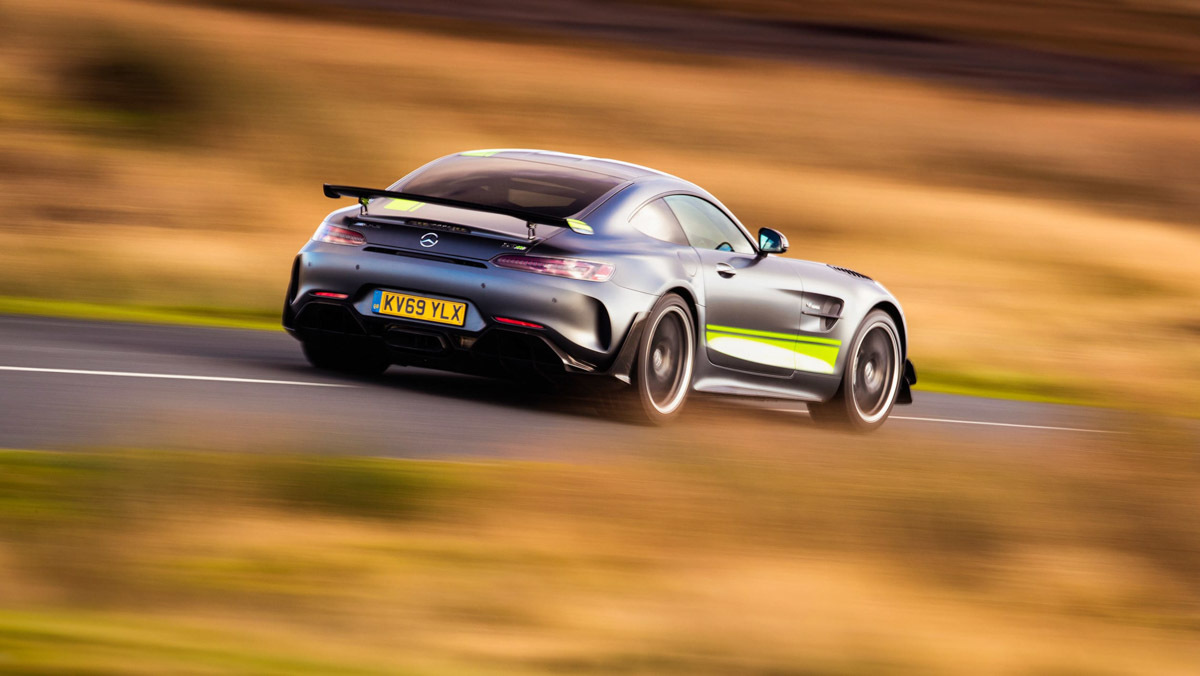 Mercedes-AMG-GT-review-9