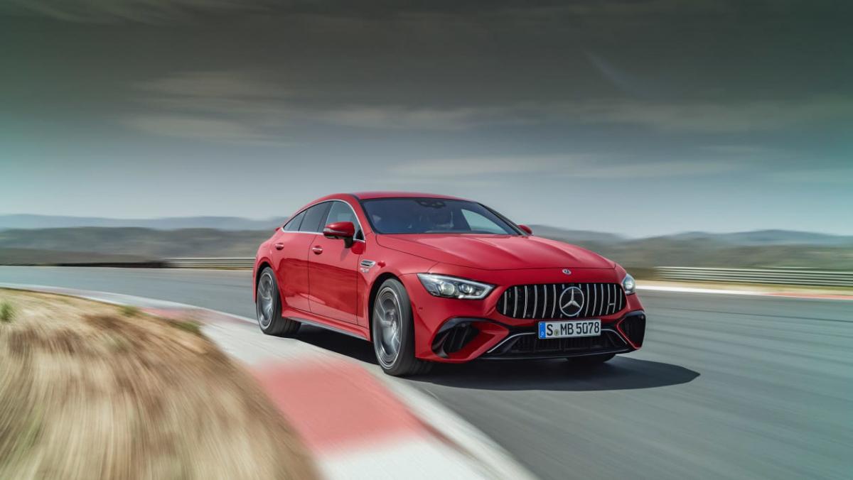 Mercedes-AMG-GT63-S-E-1