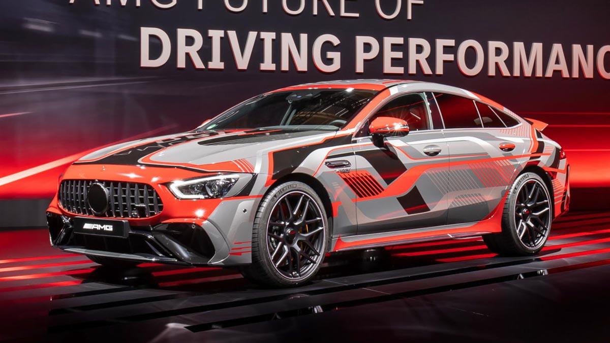 Mercedes-AMG-GT73-1