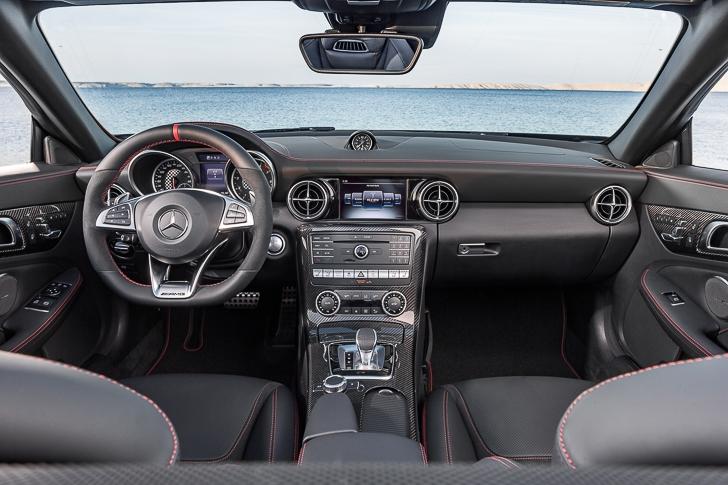 Mercedes-Benz SLC Roadster 17