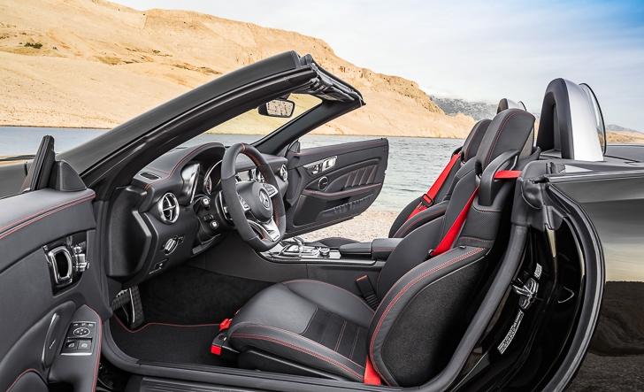 Mercedes-Benz SLC Roadster 15