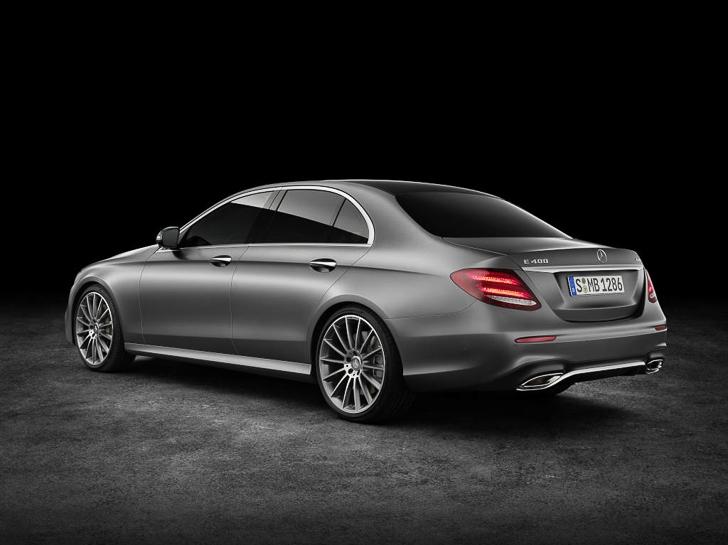 Mercedes-Benz E-Class 04