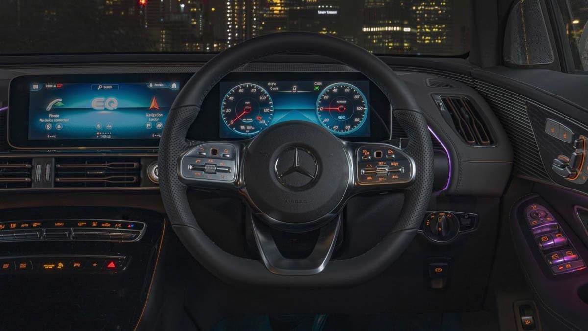Mercedes-Benz-EQC-13