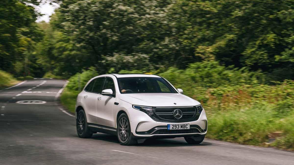 Mercedes-Benz-EQC-7