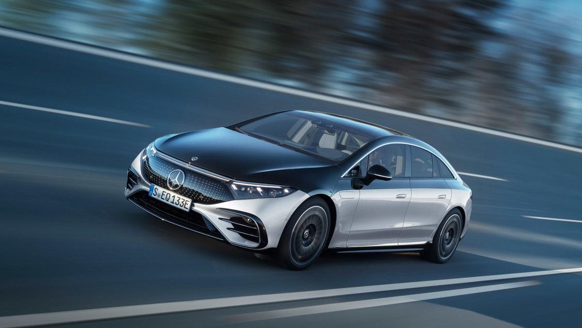 Mercedes-Benz-EQS-5