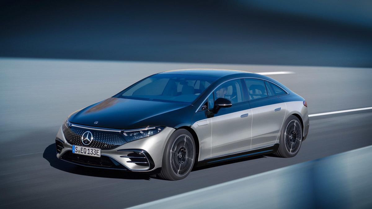 Mercedes-Benz-EQS-6